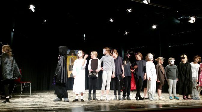 """Choraufführung """"Villa Spooky"""" vom 13.10.2016"""