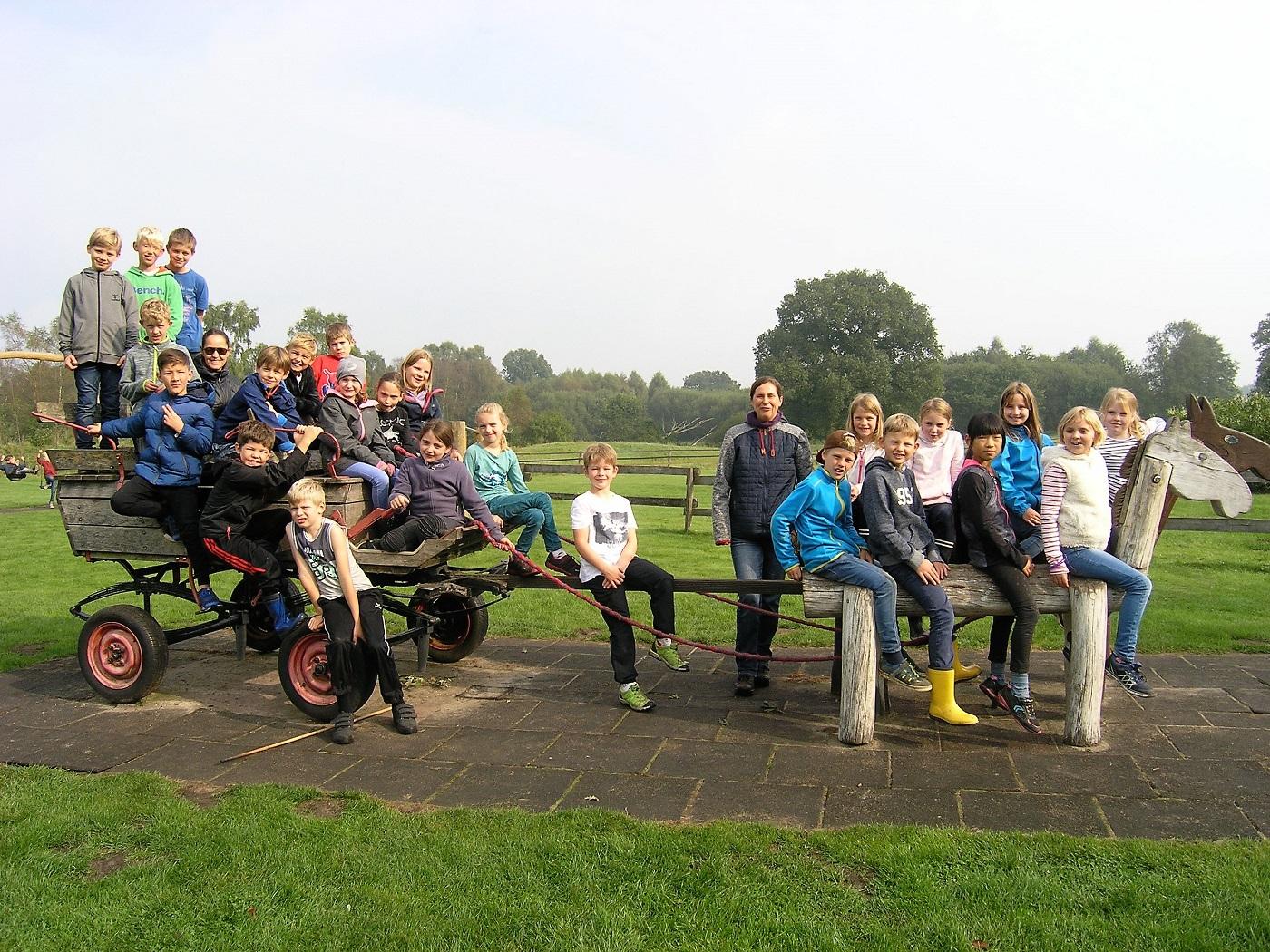Klettergerüst Ausmalbild : Grundschule buckhorn seite 3