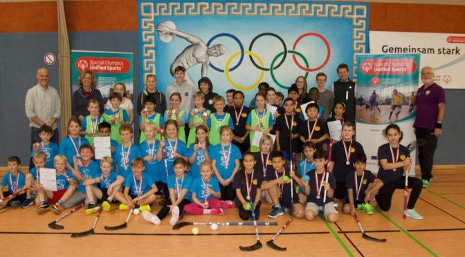 Klasse 3c gewinnt das 4. Floorball-Turnier für Grundschulen