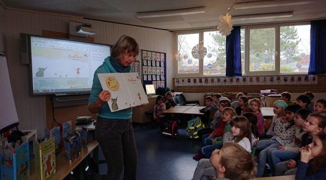 Illustratorin Silke Brix zu Gast in der Schule Buckhorn